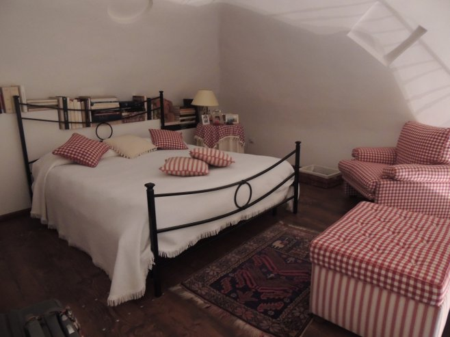 The Main Bedroom of Michealangeli B&B