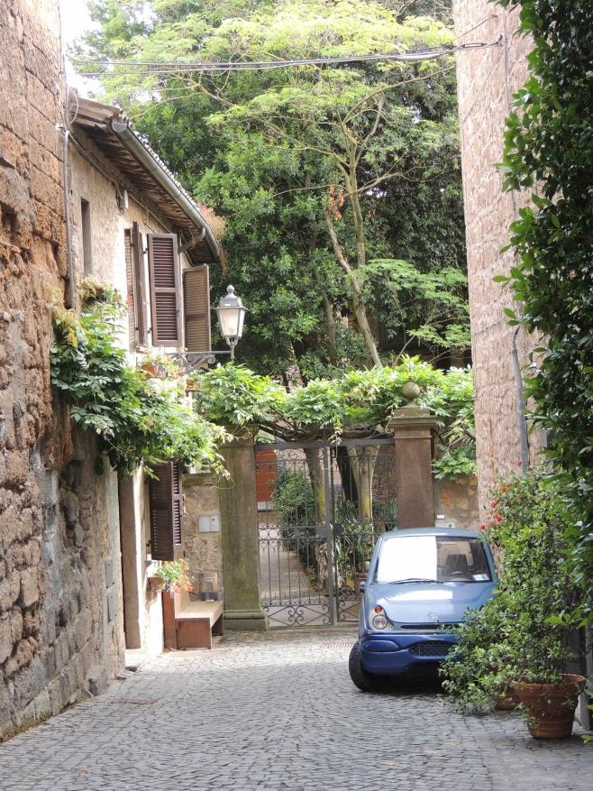Via Saracinelli, Michealangeli B&B, Orvieto