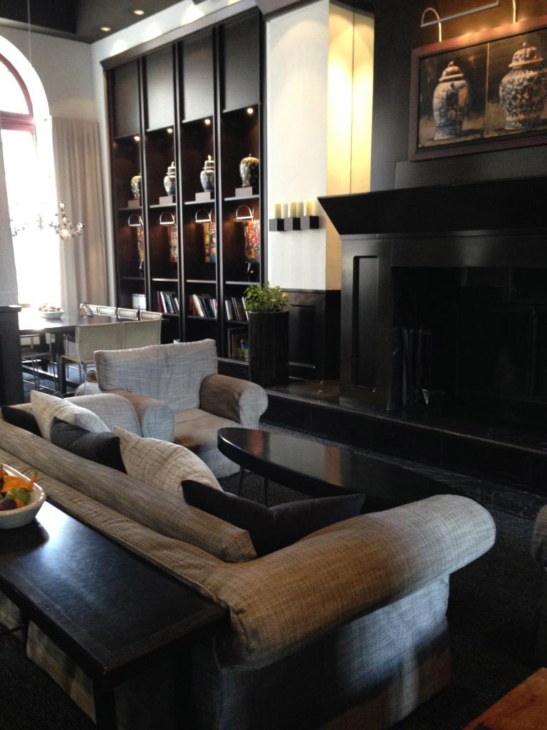 Inside the Lobby le Germaine-Dominion Hotel