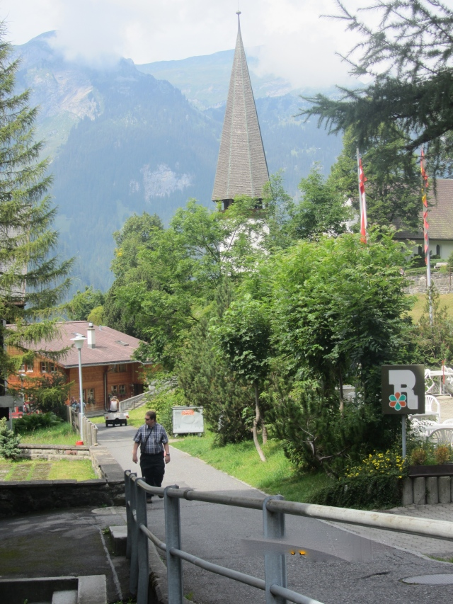 The Walk into Wengen