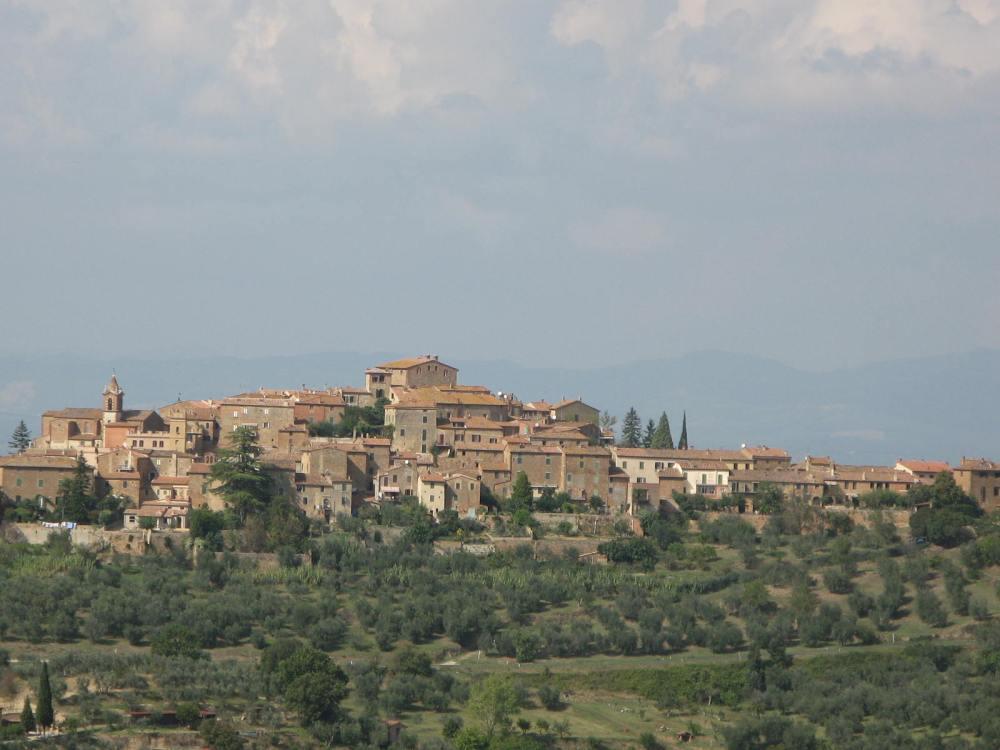 Traipsing Through Tuscany- Montisi (2/6)