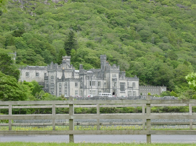 Kylemore Abbey, Connemera