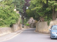 Road to St James Church