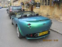 Fancy Car in Chipping Campden