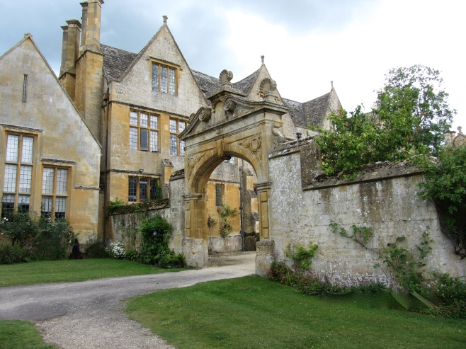 Gateway to Stanway House