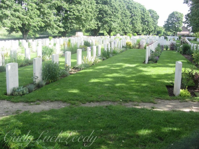 Graves, Flanders Fields