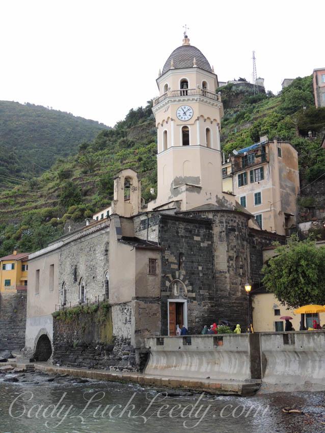The Teeny Tiny Church Door of San Lorenzo