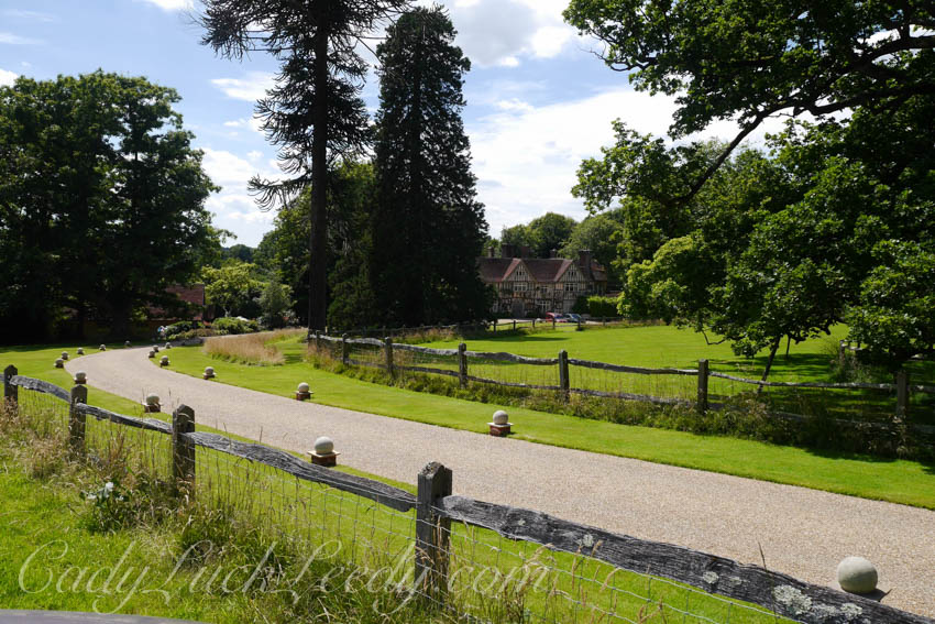 The Driveway of Pashley Manor