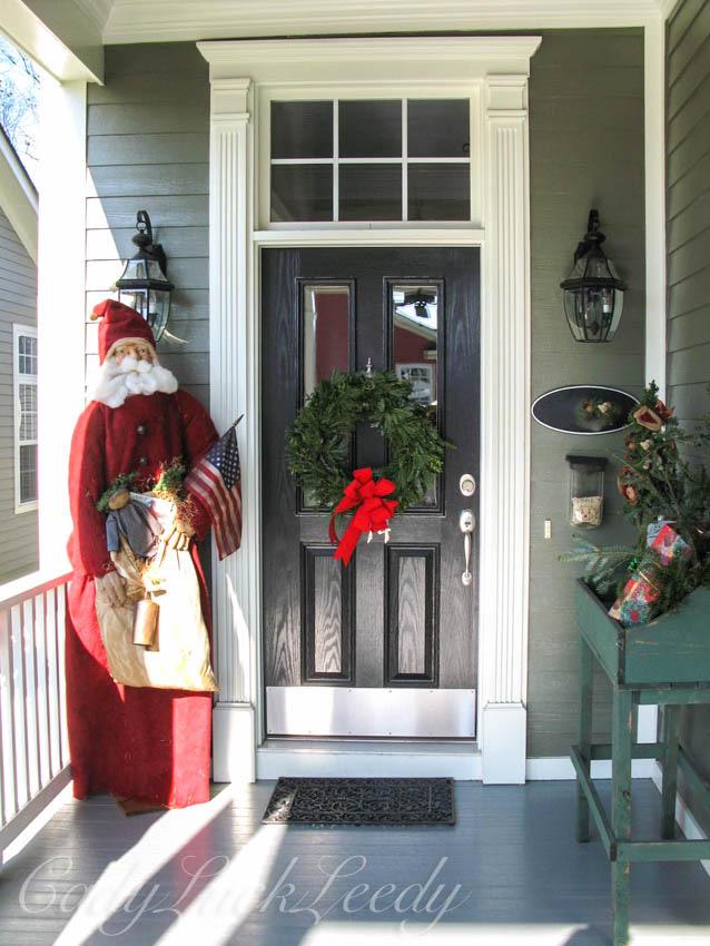 December, Santa Porch